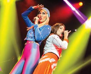 'Abba Mania' re-creates the magic of the Swedish musical group.