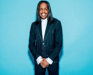 The Earth, Wind & Fire bassist is ready to groove Las Vegas.