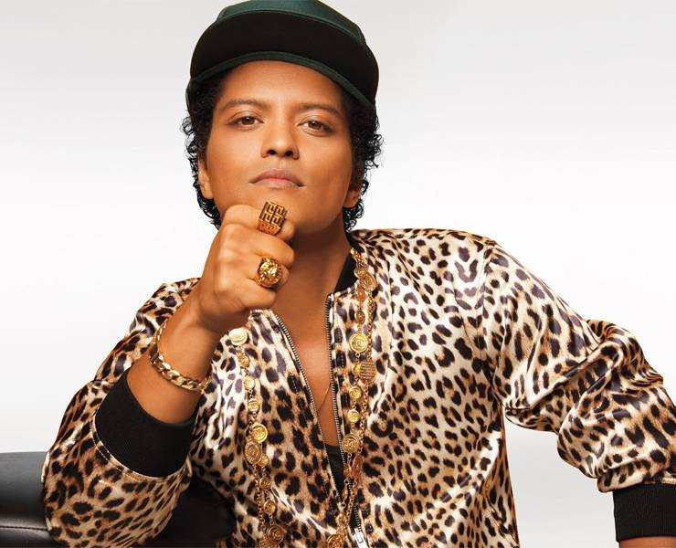 Her Vegas: Bruno Mars, fitness class, psychic reading and more